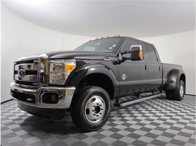 2016 Ford Super Duty F-350 DRW Lariat Pickup 4D 8 ft