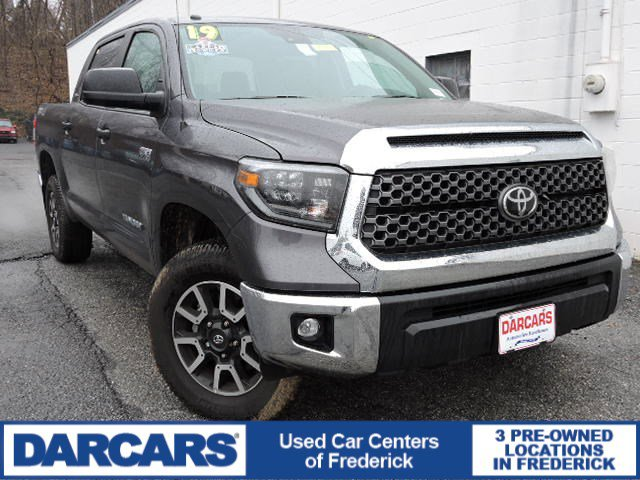Pre-Owned 2019 Toyota Tundra 4WD SR5 4WD Crew Cab Pickup