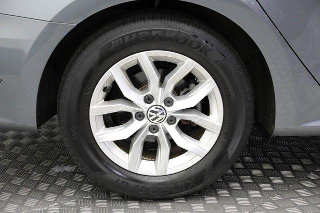2017 Volkswagen Passat for sale 124425 25