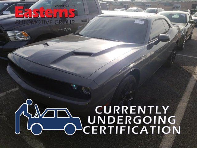 2019 Dodge Challenger SXT Blacktop 2dr Car
