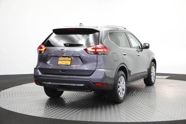 2017 Nissan Rogue for sale 125646 4