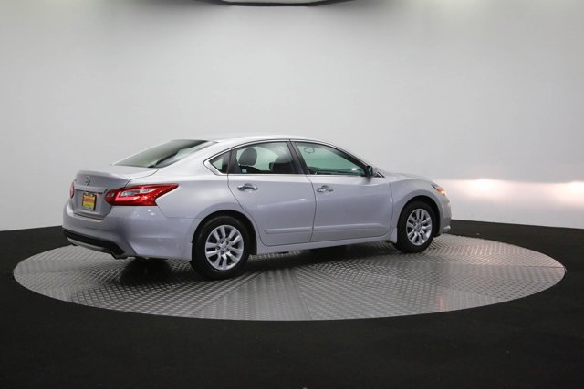 2017 Nissan Altima for sale 125631 36