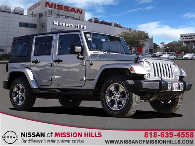 2018 Jeep Wrangler JK Unlimited Sahara Sahara 4x4 Regular Unleaded V-6 3.6 L/220 [0]