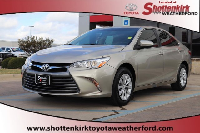Used 2016 Toyota Camry in Granbury, TX