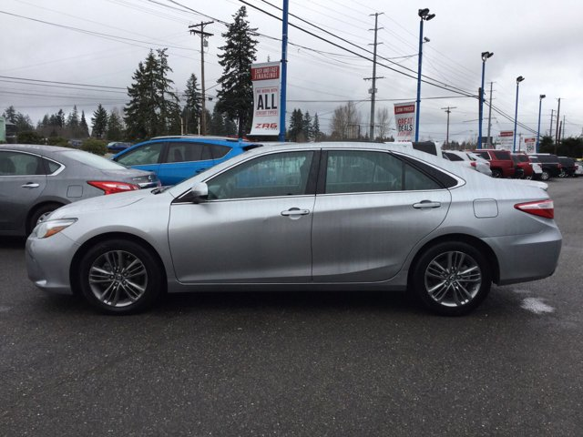 Used 2016 Toyota Camry 4dr Sdn I4 Auto SE