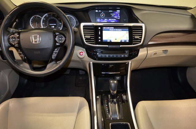 2017 Honda Accord Sedan EX-L 7