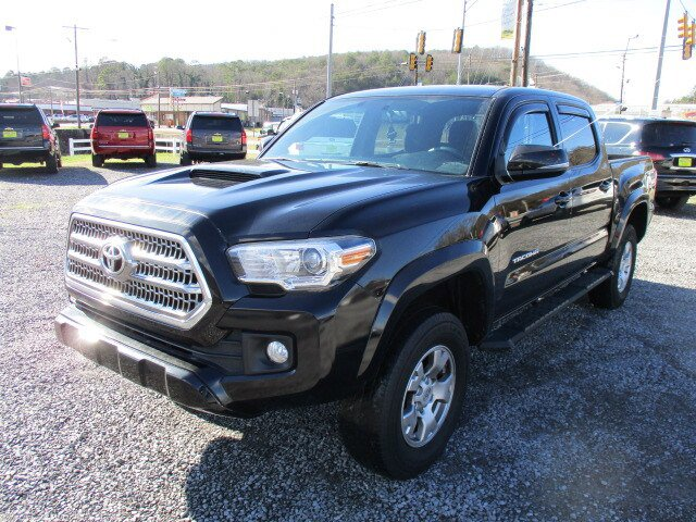 Used 2017 Toyota Tacoma in Fort Payne, AL