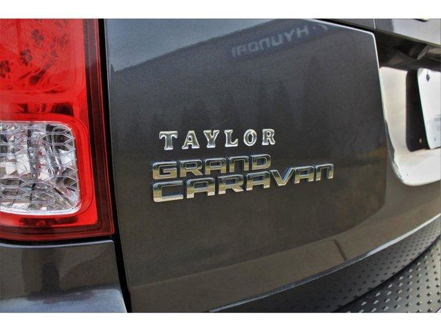 2019 Dodge Grand Caravan R/T photo