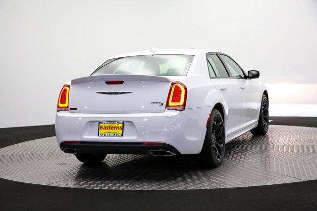 2019 Chrysler 300 for sale 122966 4