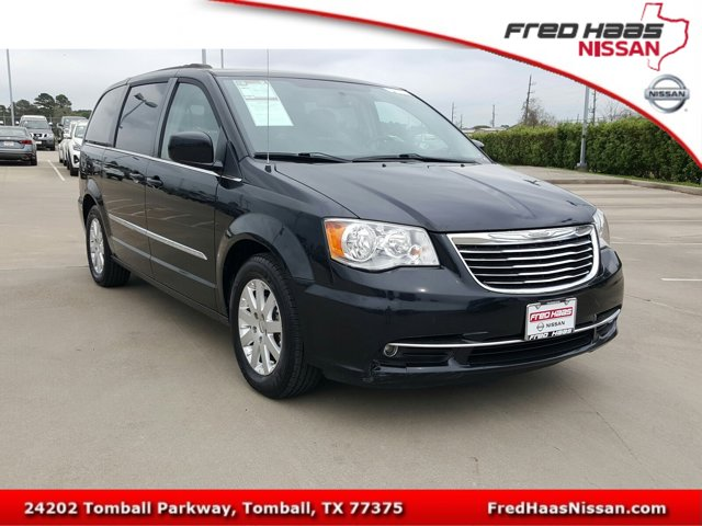 Used 2016 Chrysler Town & Country in Tomball, TX