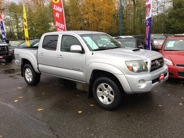 Used 2010 Toyota Tacoma 2WD Double V6 AT PreRunner