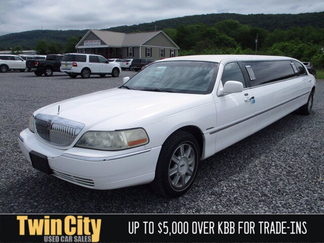 Used 2007 Lincoln Town Car in Fort Payne, AL