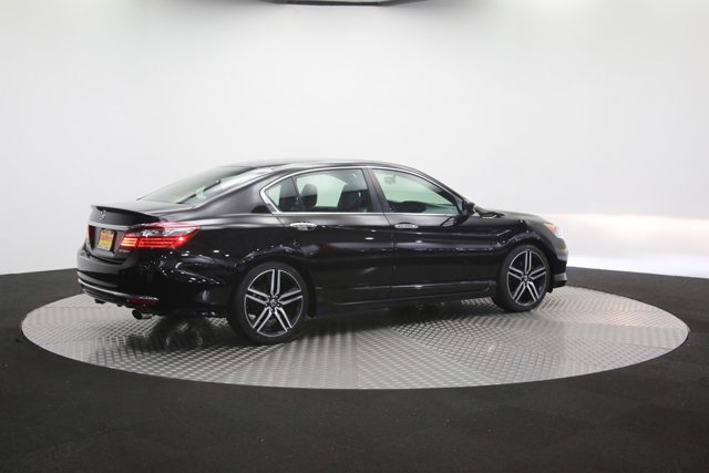2017 Honda Accord 120464 48