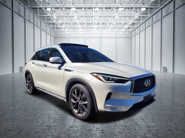 2019 INFINITI QX50 ESSENTIAL ESSENTIAL AWD Intercooled Turbo Premium Unleaded I-4 2.0 L/121 [3]