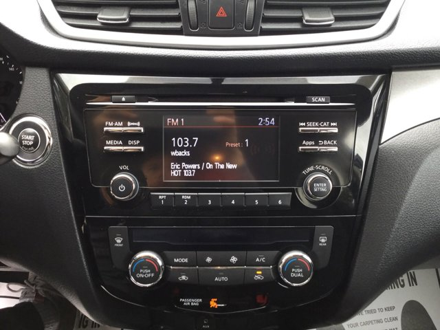 Used 2016 Nissan Rogue AWD 4dr SV