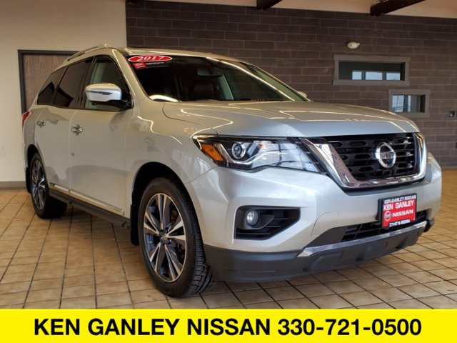 Used 2017 Nissan Pathfinder in , OH