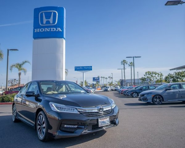 Used 2017 Honda Accord Hybrid in San Diego, CA
