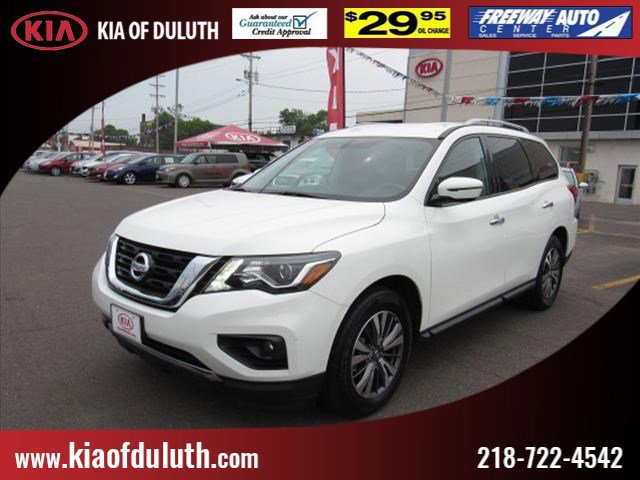 Used 2017 Nissan Pathfinder in Duluth, MN