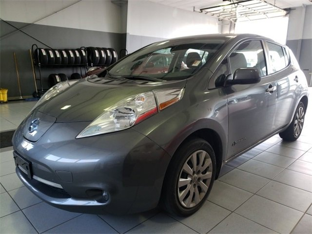 Used-2017-Nissan-LEAF-S-Hatchback