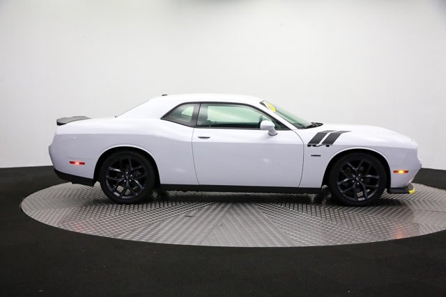 2019 Dodge Challenger for sale 124038 3