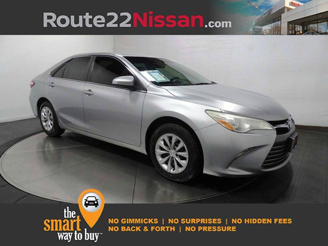 2015 Toyota Camry LE 4dr Sdn I4 Auto LE Regular Unleaded I-4 2.5 L/152 [1]