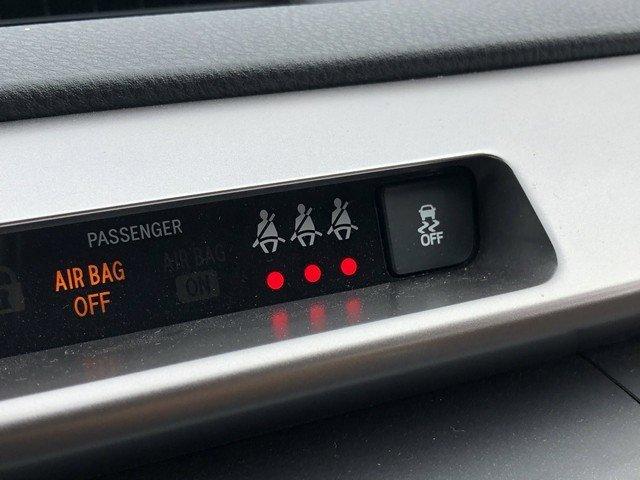 2017 Toyota RAV4 Hybrid XLE photo