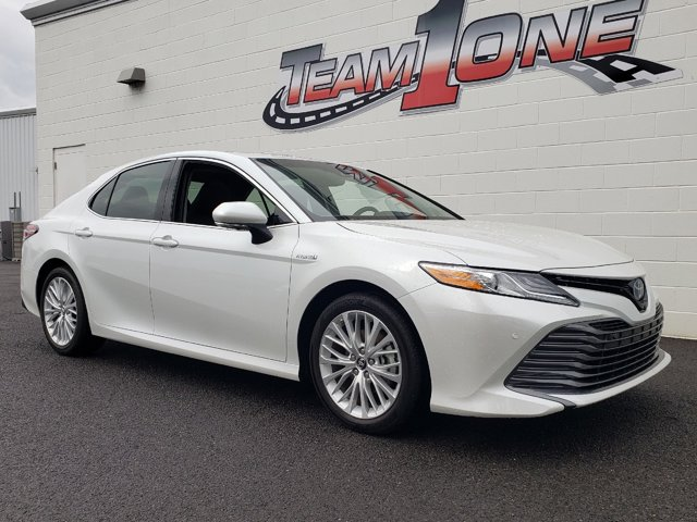 Used 2018 Toyota Camry Hybrid in Rainbow City, AL