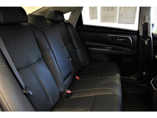 2016 Nissan Altima 2.5 photo