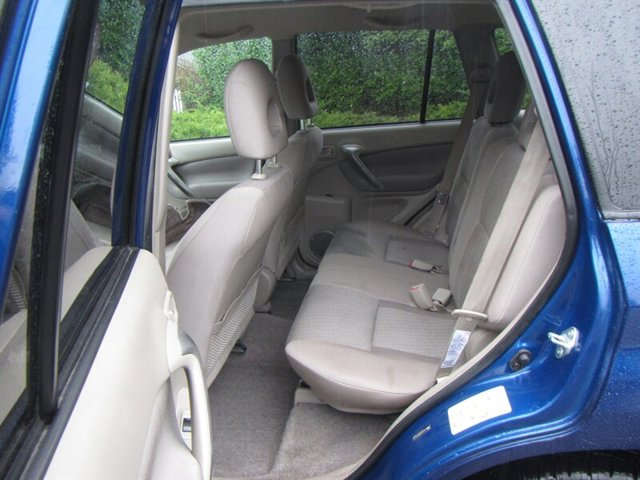 Used 2005 Toyota RAV4 4dr Auto