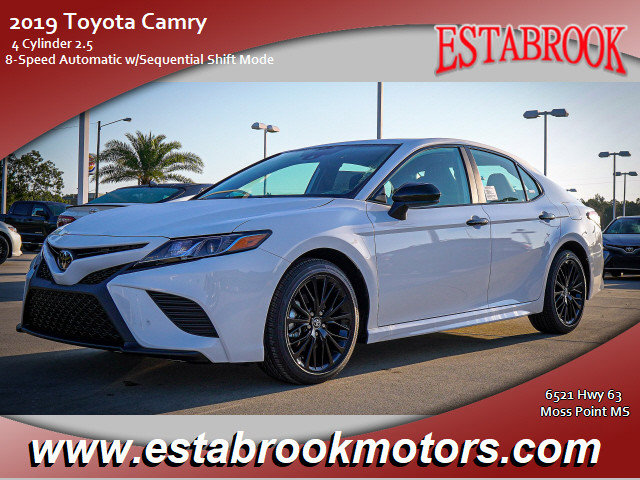 New 2019 Toyota Camry in Moss Point, MS
