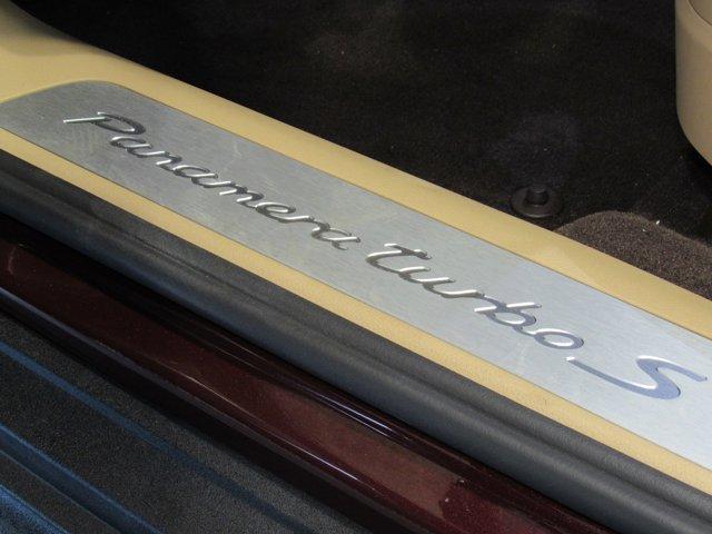2018 Porsche Panamera Turbo S E-Hybrid photo
