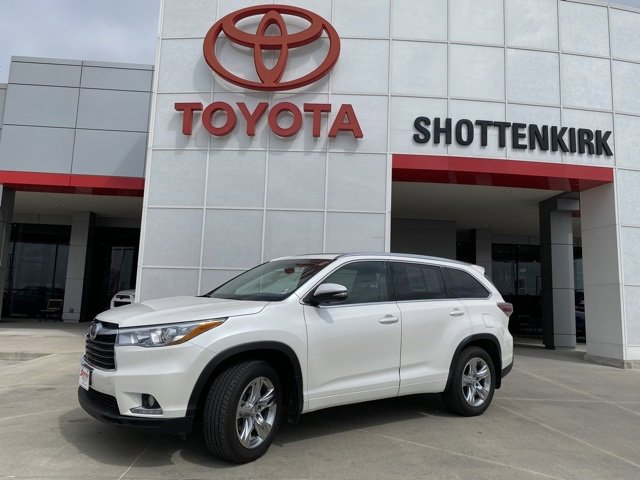 Used 2015 Toyota Highlander in Quincy, IL
