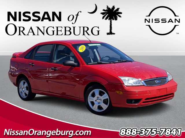 2006 Ford Focus SES SES 4dr Sdn ZX4 Gas I4 2.0L/121 [2]
