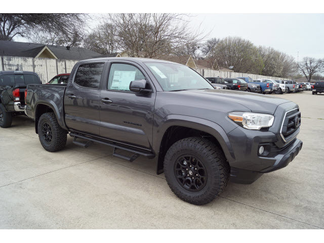 New 2020 Toyota Tacoma in Hurst, TX