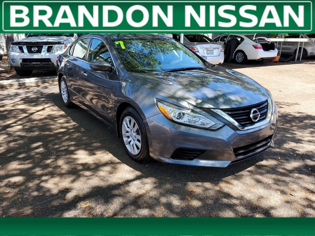 Used 2017 Nissan Altima in Tampa, FL