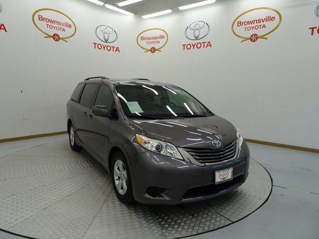 Used 2017 Toyota Sienna in Brownsville, TX