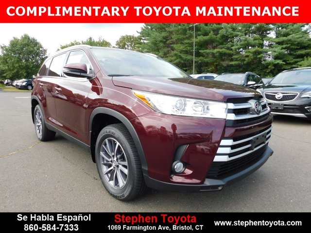 New 2019 Toyota Highlander in Bristol, CT