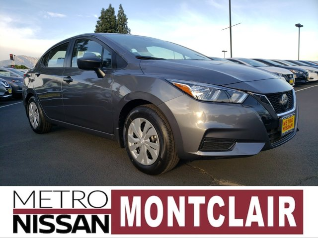 2020 Nissan Versa S S Manual Regular Unleaded I-4 1.6 L/98 [4]