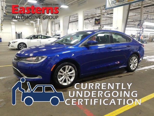 2017 Chrysler 200 Limited Platinum 4dr Car