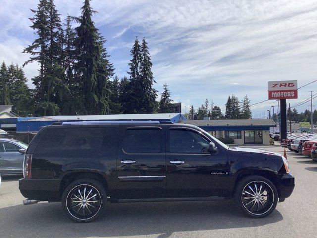Used 2007 GMC Yukon XL Denali AWD 4dr 1500