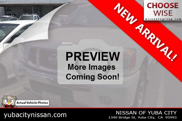 2015 Nissan Titan SV 2WD Crew Cab SWB SV Regular Unleaded V-8 5.6 L/339 [3]