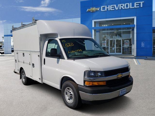 2020 Chevrolet Express Commercial Cutaway 3500 Van 139″ Gas V8 6.0L/364 [9]
