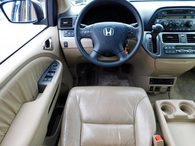 Used 2005 Honda Odyssey EX-L AT with RES