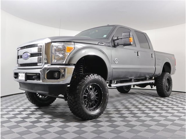 2015 Ford Super Duty F-250 SRW Lariat Pickup 4D 6 3/4 ft