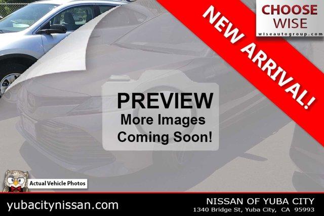 2020 Toyota Camry Hybrid LE Hybrid LE CVT Gas/Electric I-4 2.5 L/152 [3]