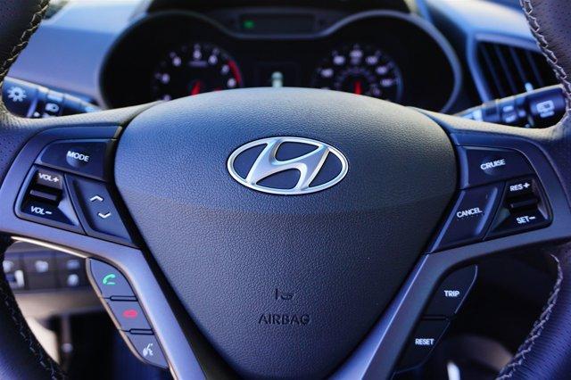 New 2016 Hyundai Veloster 3dr Cpe Auto Turbo