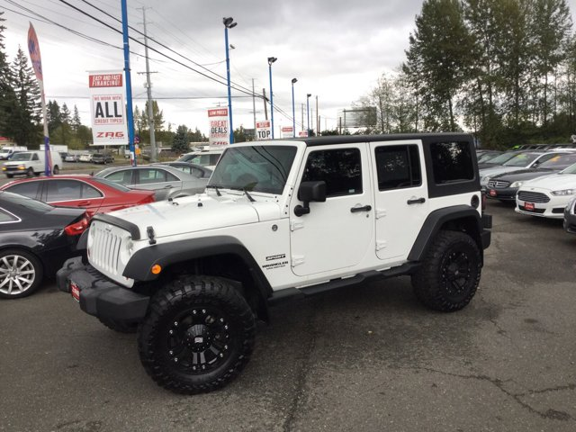 Used 2012 Jeep Wrangler Unlimited 4WD 4dr Sport