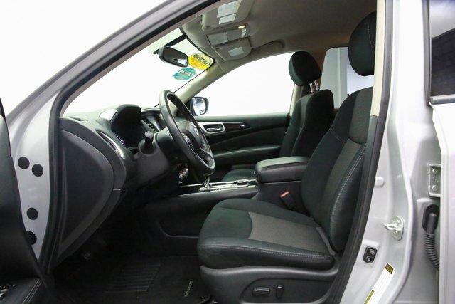 2018 Nissan Pathfinder for sale 121327 12