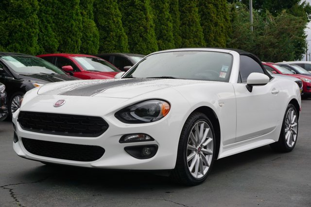 Used 2017 FIAT 124 Spider in Lynnwood Seattle Kirkland Everett, WA