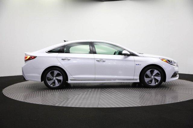2017 Hyundai Sonata Hybrid for sale 125172 3